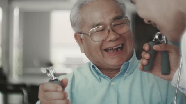 underhåll musklerna - hembesök bildbanksvideor och videomaterial från bakom kulisserna