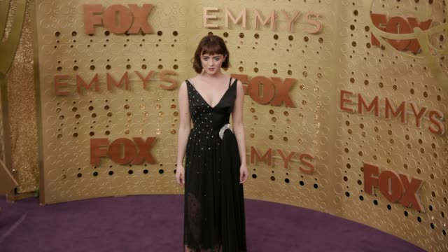 maisie williams at the 71st emmy awards - arrivals at microsoft theater on september 22, 2019 in los angeles, california. - emmy awards stock videos & royalty-free footage