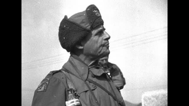 cu maj gen william kean commander of us 25th infantry division talking pan across to gen matthew ridgway commander of eighth us army / two shots of... - matthew b. ridgway stock-videos und b-roll-filmmaterial