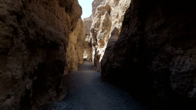 majestic gorge on namibian desert - sentiero video stock e b–roll