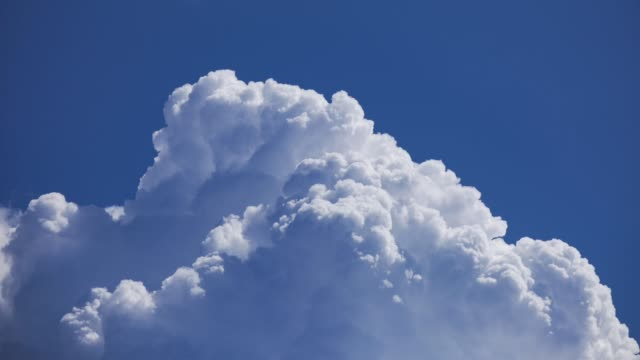 majestic puffy clouds time lapse - cumulus stock videos & royalty-free footage