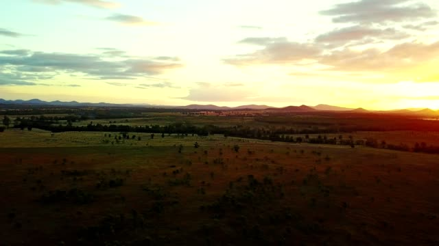 majestic sunset in australia outback - sunbeam stock videos & royalty-free footage