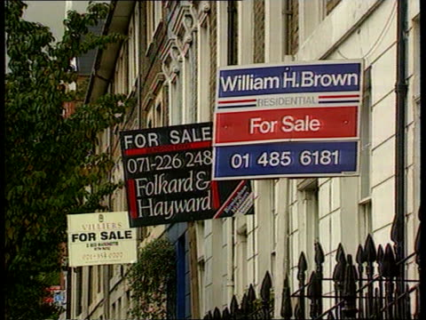 major blames house prices for recession itn lib london la ms three 'for sale' signs outside houses la lms three more ditto pull out as another in f/g - recession stock videos & royalty-free footage