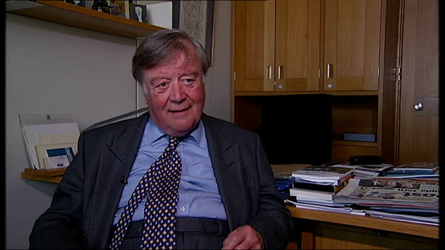 more women selected / michael gove replaced as education secretary england london ken clarke shaking hands with reporter ken clarke mp interview sot... - kenneth clarke stock-videos und b-roll-filmmaterial