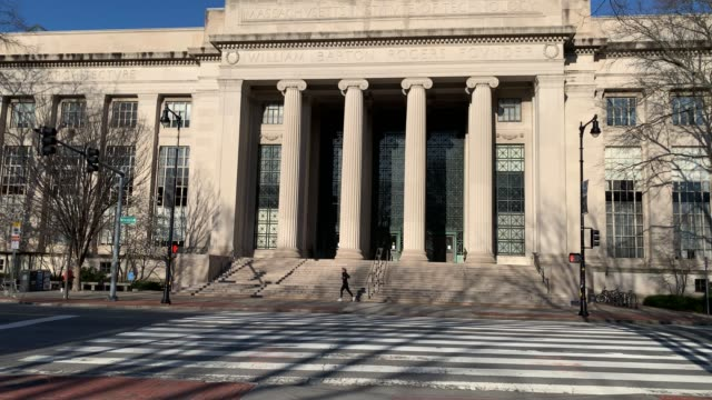 major cities in the u.s. adjust to restrictive coronavirus measures - march 31, 2020 - views of massachusetts institute of technology campus in... - massachusetts video stock e b–roll