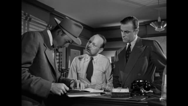 1948 a major lead propels a murder investigation forward - detective stock videos & royalty-free footage