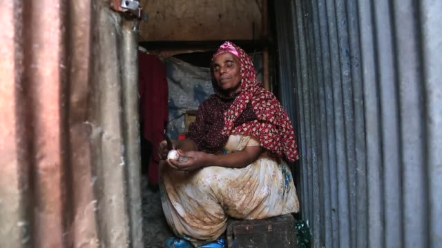 majority of the population live in houses between 5-15 square-meters in size in addis ababa, ethiopia on december 18, 2014. the houses shared by... - ethiopia stock videos & royalty-free footage