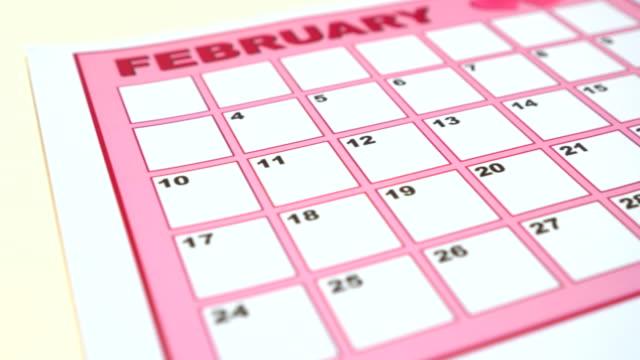 Machen Sie ein Angebot am Valentinstag