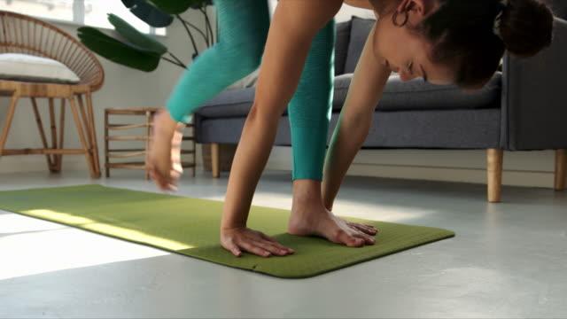 人生で健康的な動きをする - 唯一点の映像素材/bロール