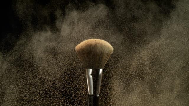 vídeos y material grabado en eventos de stock de makeup brush - mejora personal