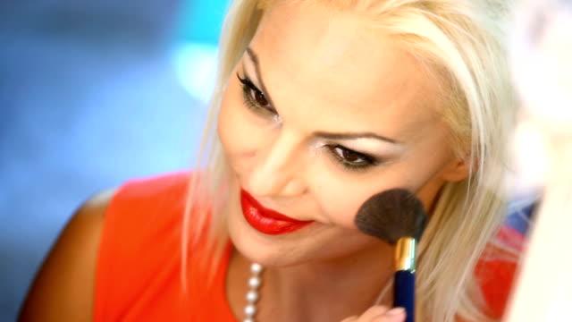 vidéos et rushes de maquillage. - pinceau à blush