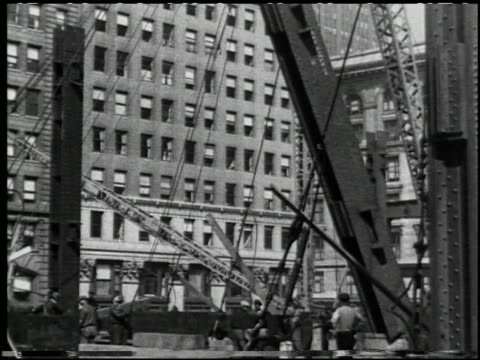 making a skyscraper (steel) 'empire state bldg.' - 10 of 10 - 桁橋点の映像素材/bロール