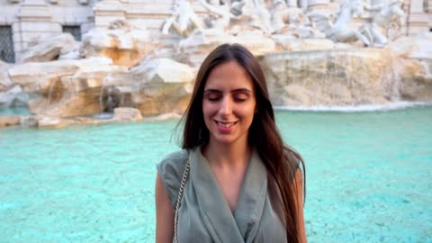 making a wish at the trevi fountain - luck stock videos & royalty-free footage