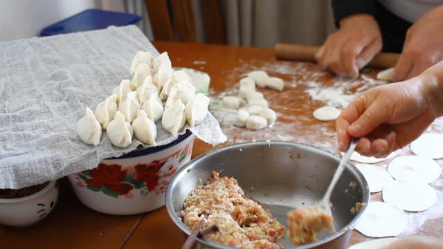 Die chinesische Teigtaschen