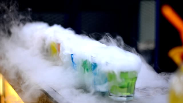 making cocktail drinks - dry ice stock videos & royalty-free footage