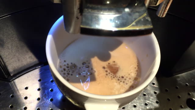 making coffee from automatic machine - coffee drink stock videos & royalty-free footage