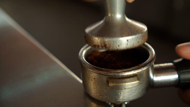 making coffee - macinare video stock e b–roll