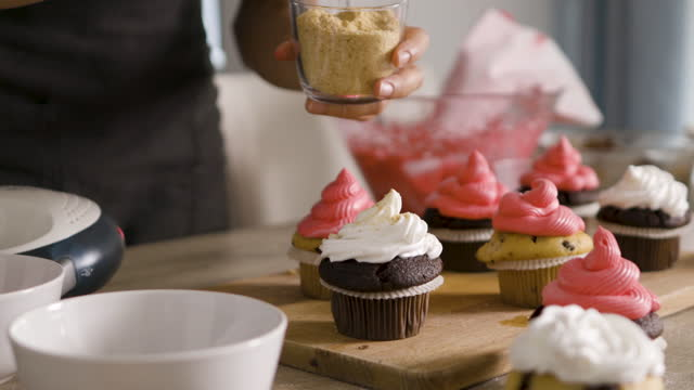 making cupcakes - bakery stock videos & royalty-free footage