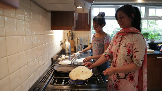making dinner preparations - indian subcontinent ethnicity stock videos & royalty-free footage