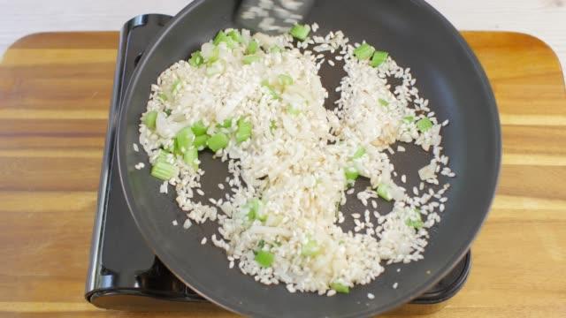 die vegetarische Spargel Kräuterrisotto