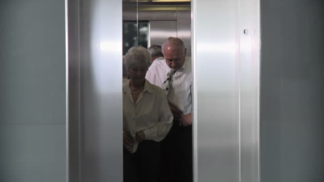 HD: Making Love In Elevator