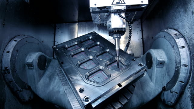 stockvideo's en b-roll-footage met making machine mould - factory