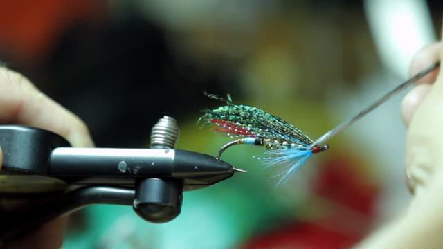 Making of an homemade fly fishing