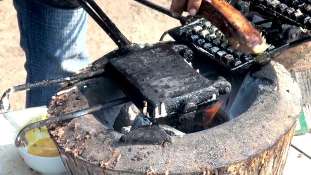 vídeos y material grabado en eventos de stock de decisiones de suave - waffles