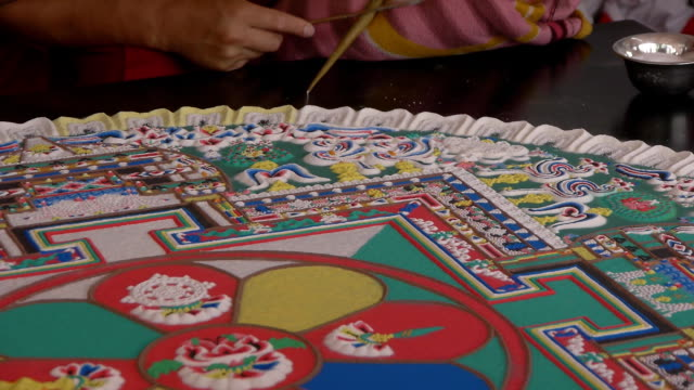Making Sand mandala