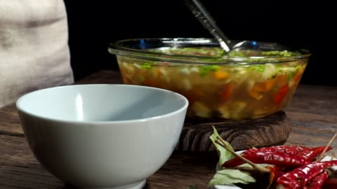 vídeos y material grabado en eventos de stock de la sopa de - cucharón