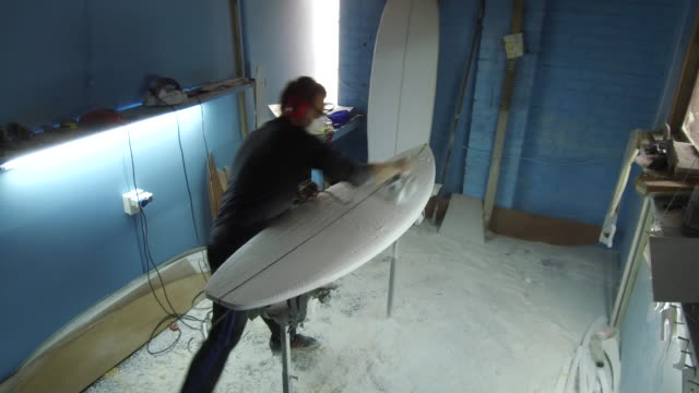 Making the perfect surf board