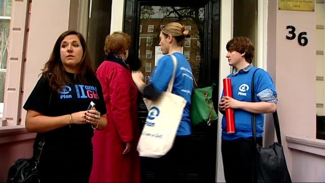 malala yousafzai shooting: worldwide events to mark 'malala day': petition; england: london: ext schoolboy david crone and others along to the... - pakistan bildbanksvideor och videomaterial från bakom kulisserna