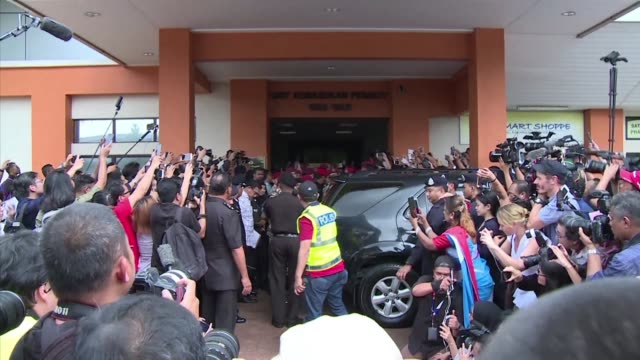 Malaysian politician Anwar Ibrahim walks out of custody after being pardoned over a sodomy conviction that saw him jailed for the past three years...