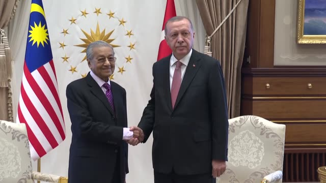 stockvideo's en b-roll-footage met malaysian prime minister mahathir mohamad meets with turkish president recep tayyip erdogan at presidential complex in ankara turkey on july 25 2019 - minister president