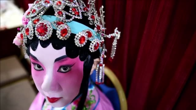 stockvideo's en b-roll-footage met malaysia's national department for culture and arts organizes a traditional arts showcase for chinese opera in partnership with the ministry of... - arts culture and entertainment