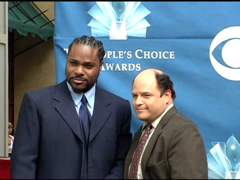 malcolm jamal warner and jason alexander at the 2004 people's choice awards nominations at hollywood & highland shopping center in hollywood,... - malcolm jamal warner stock videos & royalty-free footage