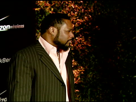 malcolm jamal warner at the pink blackberry pearl smartphone launch party on january 31, 2008. - malcolm jamal warner stock videos & royalty-free footage