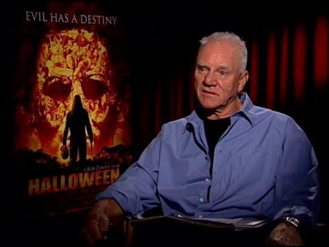 malcolm mcdowell discusses rob zombie as a director at the 'halloween' press junket at the four seasons hotel in los angeles california on august 21... - rob zombie stock videos & royalty-free footage