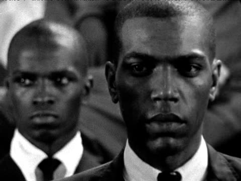 malcolm x speaks to audience about need for black nationalism in america new york 1964 - アメリカ黒人の歴史点の映像素材/bロール