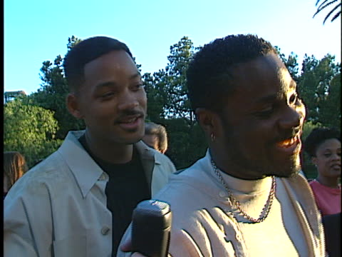 malcolm-jamal warner at the nutty professor, the, premiere at universal amphitheater. - malcolm jamal warner stock videos & royalty-free footage