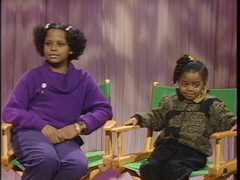"""malcolm-jamal warner, lisa bonet, tempestt bledsoe, and keshia knight pulliam, the child stars of """"the cosby show,"""" sit in the today studio. - malcolm jamal warner stock videos & royalty-free footage"""
