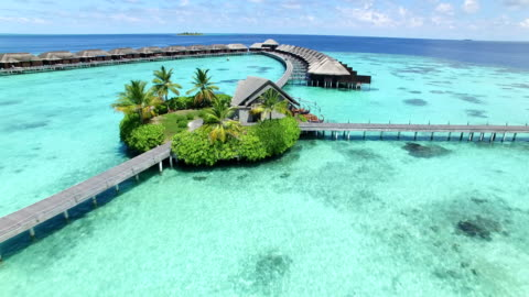 vídeos y material grabado en eventos de stock de maldivas, paraíso tropical - isla de ayada - hotel de lujo