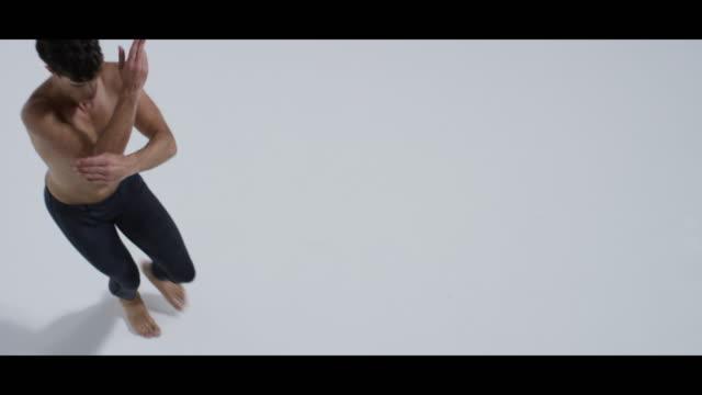 male dancer dancing alone - modern dancing stock videos & royalty-free footage