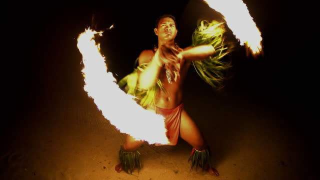 male fire dancer with flaming torch south pacific - polynesian ethnicity stock videos & royalty-free footage