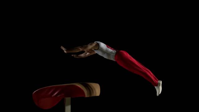 SLO Missouri DS homme gymnaste faire Faire la roue printemps au voûte