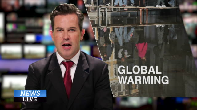 male news presenter reading the evening news about global warming - 新聞事件 個影片檔及 b 捲影像