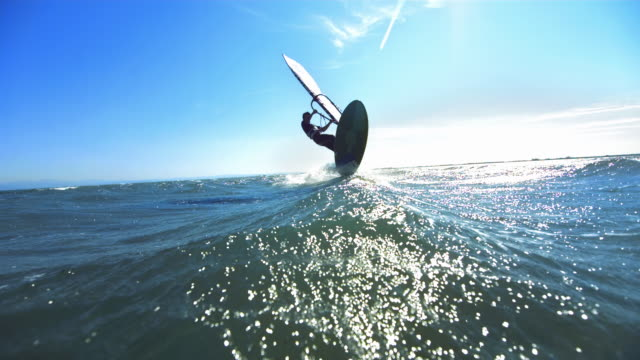 male windsurfing jump, timeramp - surfen stock-videos und b-roll-filmmaterial