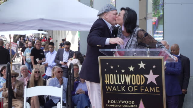 vídeos y material grabado en eventos de stock de speech malgosia tomassi keach at stacy keach honored with a star on the hollywood walk of fame on july 31 2019 in hollywood california - stacy keach