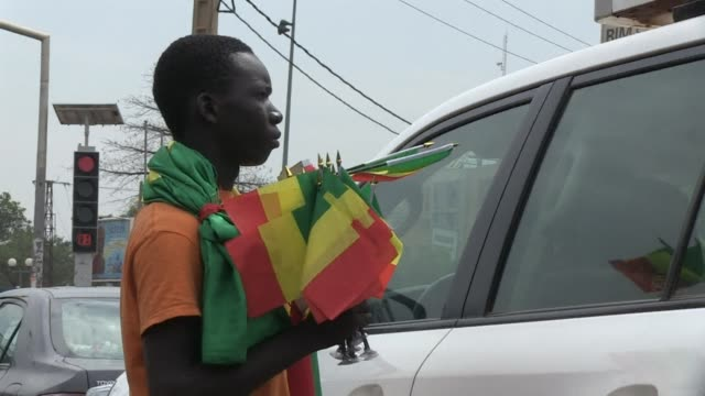 mali recovered from conceding an early goal to draw 1 1 against the democratic republic of congo monday and book an africa cup of nations quarter... - quarterfinal round stock videos & royalty-free footage