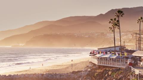 vídeos y material grabado en eventos de stock de malibu, california - aerial view - coastline